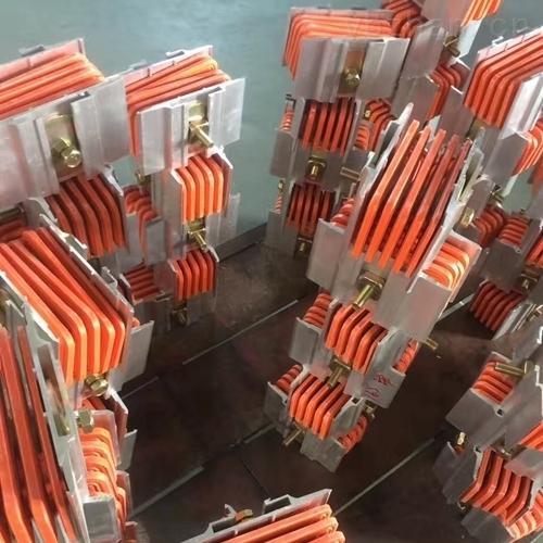 大电流母线连接器