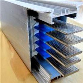 瓦楞型母线槽安装