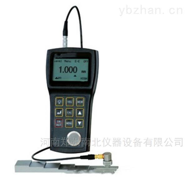 UM-3超声波测厚仪