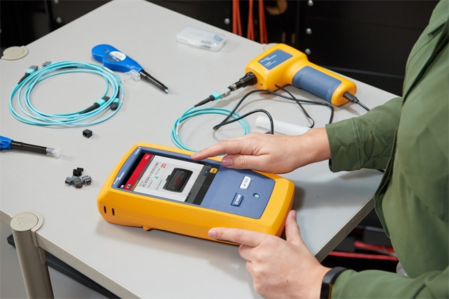 FLUKE<strong><strong><strong>福禄克FI-3000光纤检测显微镜</strong></strong></strong>